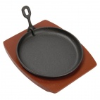 CC311 Cast Iron Round Sizzler with Wooden Stand